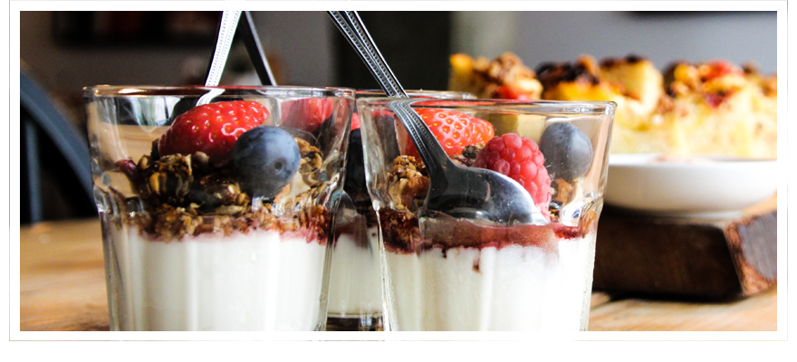LayeredYogurt 880x400