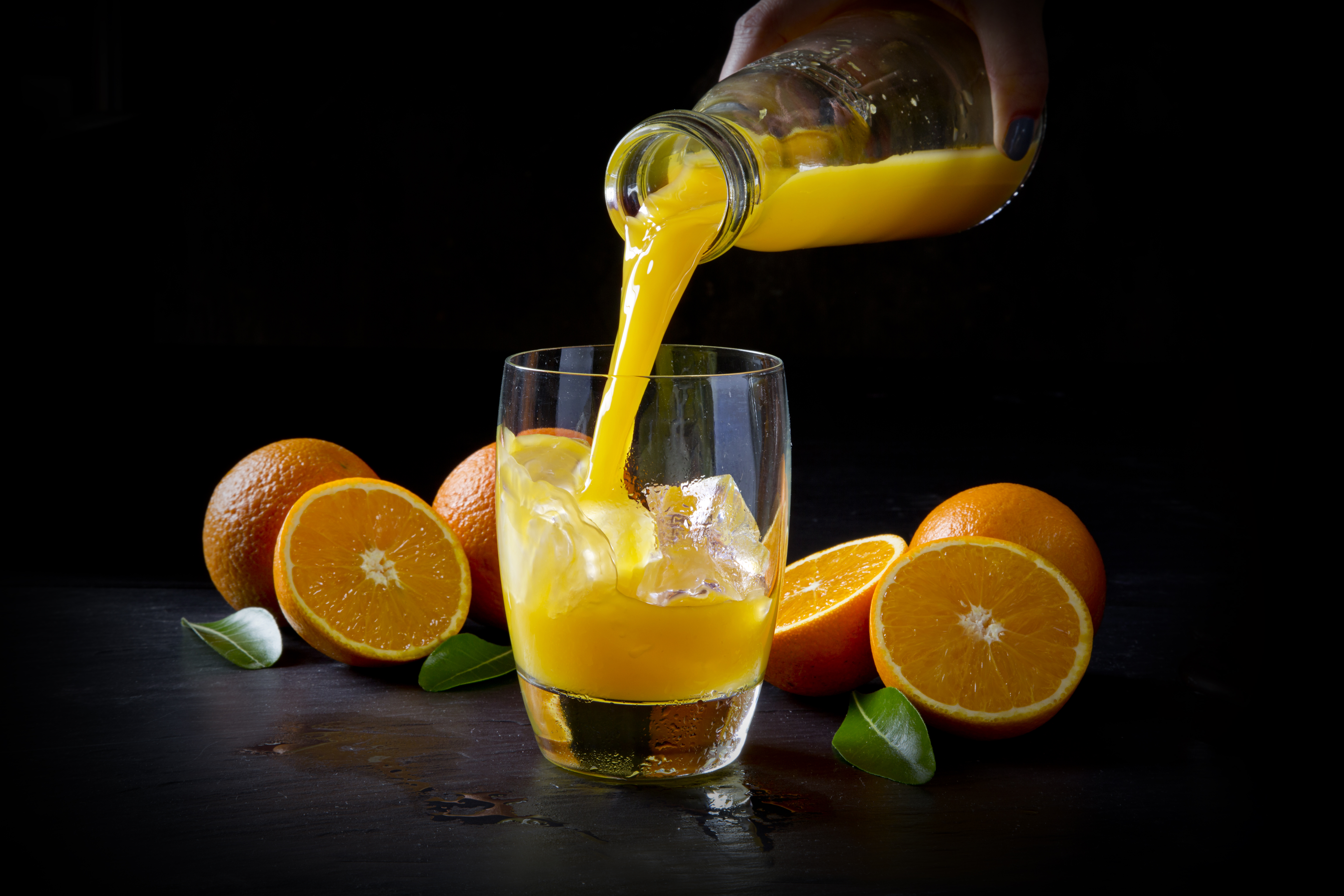 Horizontal  Large Orange Juice U52B8455 2