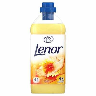 Lenor Summer Breeze Fabric Conditioner 1.1ltr